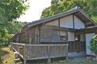 川辺のコテージ(高知県でペットと泊まれる宿)