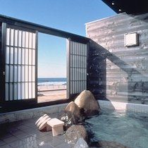 本陣粋月の露天風呂