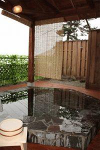 ピッコラルージュの天然温泉