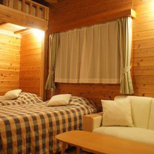 小さな宿&レストランしいの木やまのぺットと泊まれる部屋