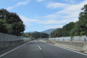 新名神高速道路のサービスエリア(SA)・パーキングエリア(PA)一覧